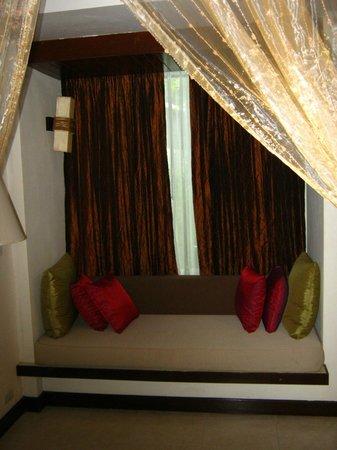 Access Resort & Villas: Inside Day Bed?