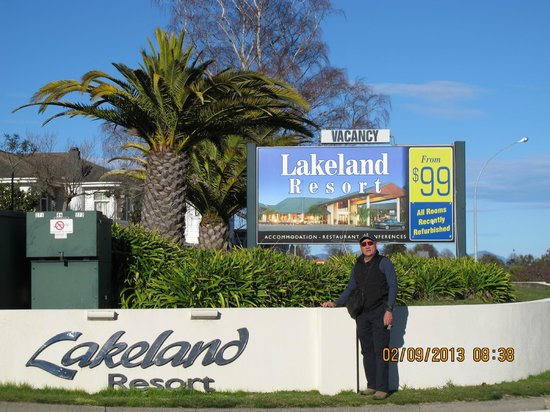 the entrance of Lakeland Resort Taupo