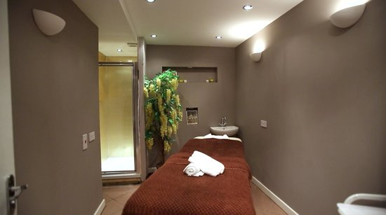 Cream Beauty Boutique: Our comfortable and relaxing treatment rooms
