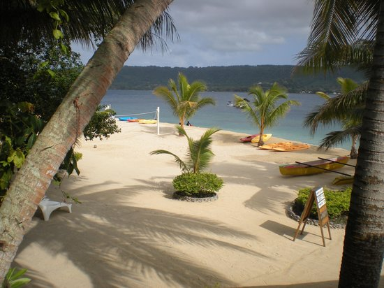 Hideaway Island Resort: the view from the twin share rooms
