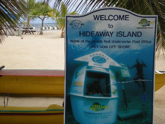 Hideaway Island Resort: photo of the underwater post office