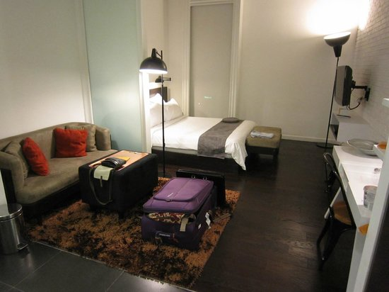 Morrissey Hotel Residences: Studio Room