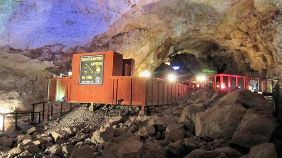 Grand Canyon Caverns: Cavern Suite