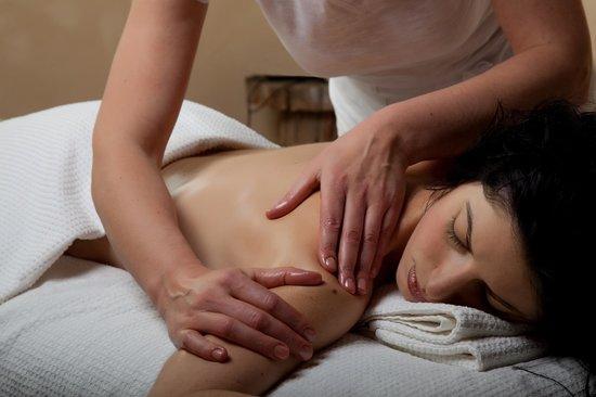 Hotel La Solenzara : Massage à l'hôtel