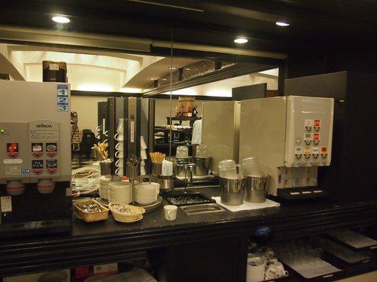 Hotel Ichii: 有難いドリンクバー
