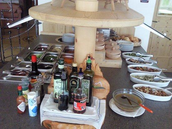 Hotel l'Ideale: buffet delle insalate :-)
