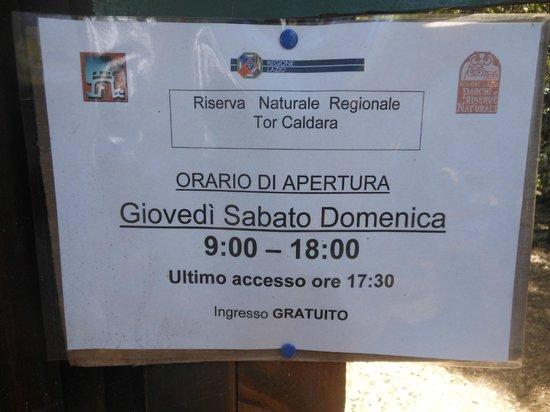 Riserva Naturale di Tor Caldara: cartello informativo