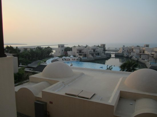Cove Rotana Resort Ras Al Khaimah: Unterer Pool