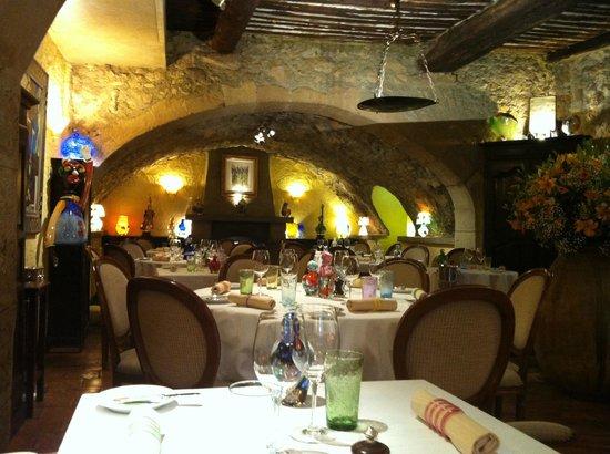 Les Terraillers : Restaurant (inside)
