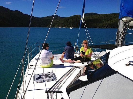 Whitsunday Escape: Crew of the good vessel Licence to Keel