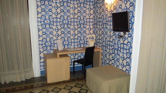 Hotel Vittorio Veneto : room