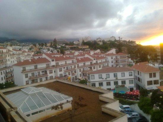 Hotel Puerto de la Cruz: VISTA DESDE LA HABITACION