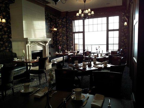 Oak Bay Beach Hotel Restaurant Reviews