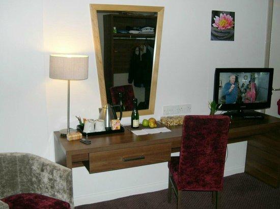 Jurys Inn London Croydon: Zimmer