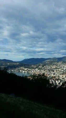 Lake Lugano: من الاعلى