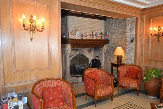 Hotel de la Paix Paris : hall de la entrada del hotel