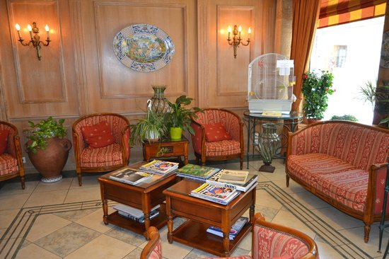 Hotel de la Paix Paris: hall del hotel