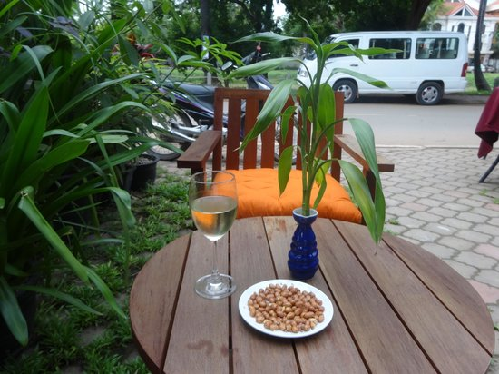 Khmer Cuisine : Patio