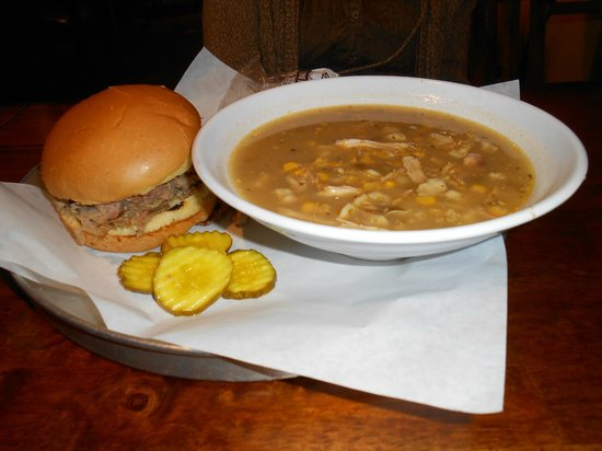 Smokin' T's Bar-B-Que: pulled pork sandwich and corn chowder