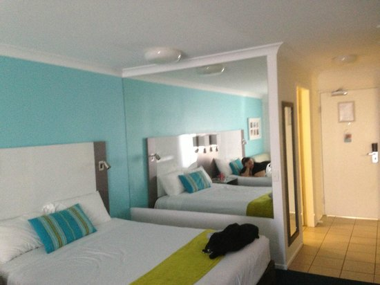 Sea World Resort: The Inside twin share room