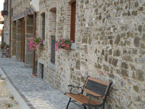 Pradamano, Italy: L'esterno della struttura