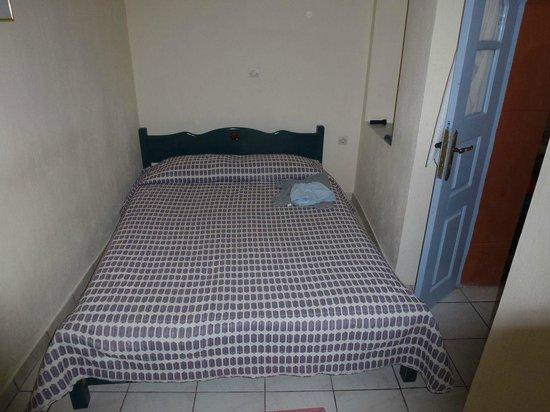 Irini's Villas Resort: camera da letto per due...bambini?