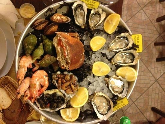 Indarsena Oyster Bar : it is overwhelmingly good!