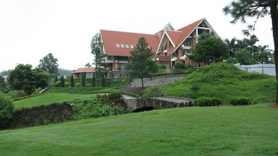 Tam Dao, เวียดนาม: The clubhouse view from the 18th