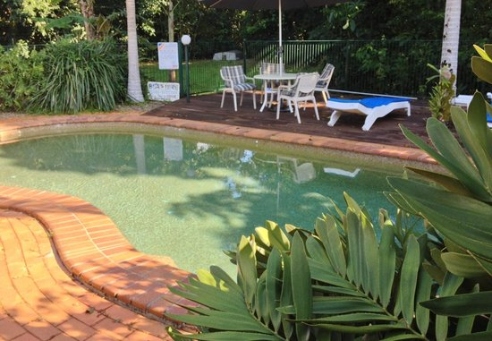 A Tropical Escape B&B: Swimming pool