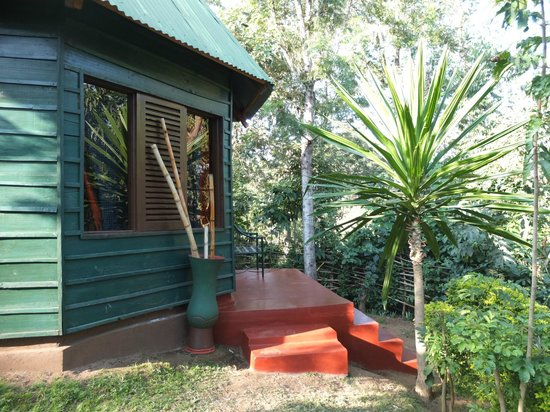 Songota Falls Lodge : Our hut