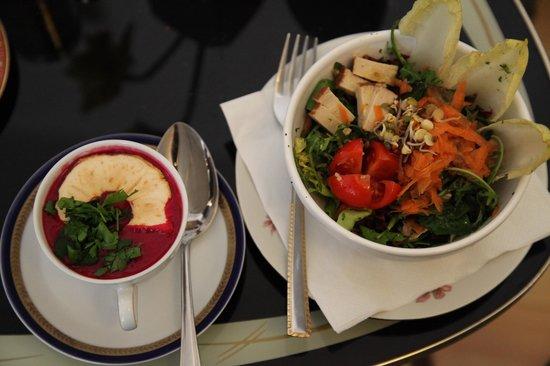 soup n salad picture of pele mele berlin tripadvisor. Black Bedroom Furniture Sets. Home Design Ideas