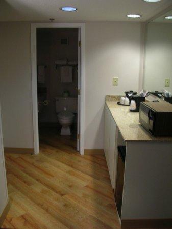 La Quinta Inn & Suites Milwaukee Bayshore Area : room2