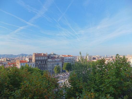 Ibis Marseille Centre Gare Saint Charles: outside view through a window