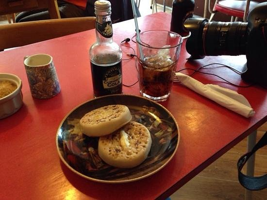 crumpets and fentimans @ On the Corner