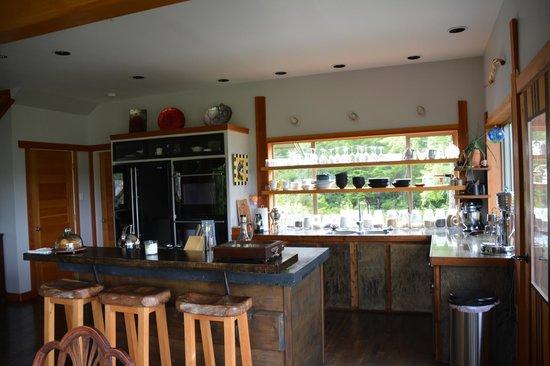 Ukee Treehouse B&B: Küche