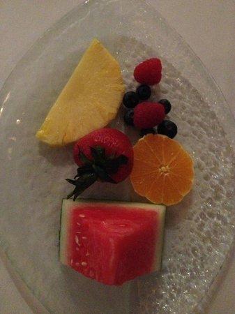 Estiatorio Milos : Фрукты на десерт