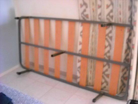 Lively Magaluf Hotel: лишняя кровать