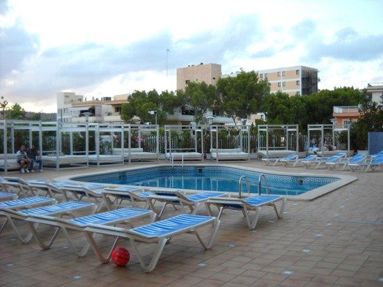 Lively Magaluf Hotel: у отеля