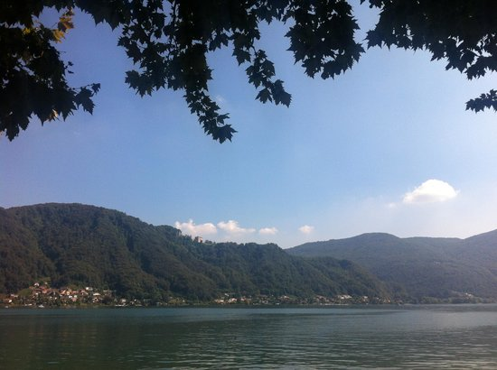 Osteria Battello: Lake view from terrasse