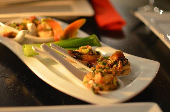 Zen Garden Restaurant: 海老の前菜