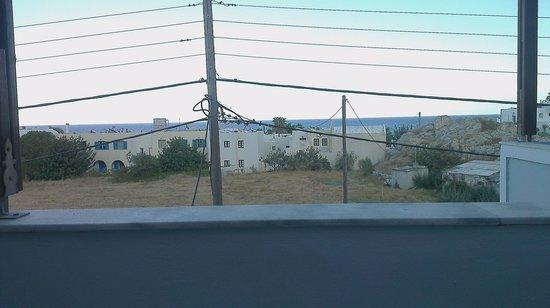 Black Sand Hotel Apartments: Uitzicht vanuit kamer 218