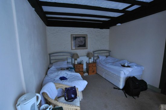 The White Hart Inn: Bedroom 1