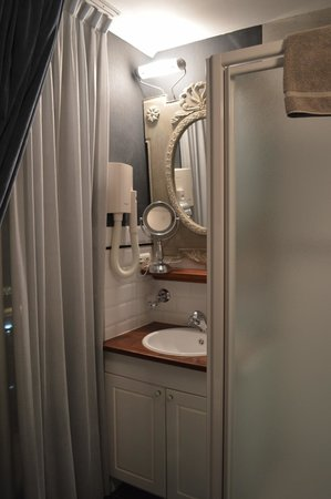 Hotel Orts: Bathroom