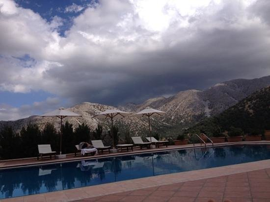 Lefkoritis Resort : view from the pool