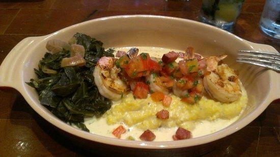 Redwood's shrimp and grits