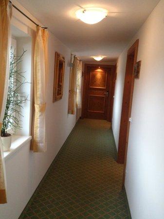 Der Kapruner Hof: Our door is on the right.