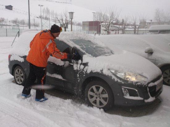 Der Kapruner Hof: snow in the nigth