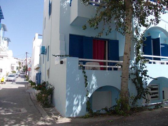 Galazia Studios: hotel exterior