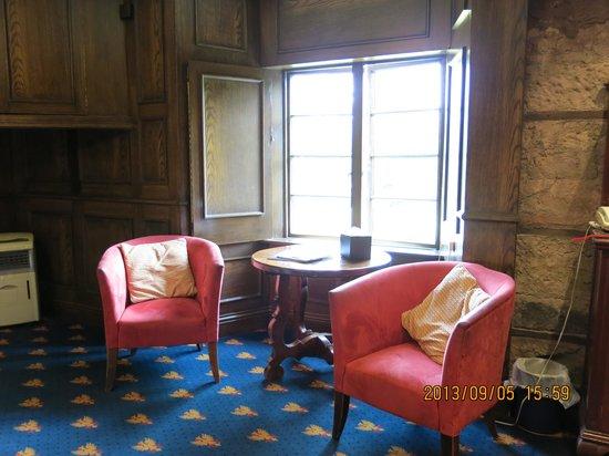 Dalhousie Castle: 1/F Room