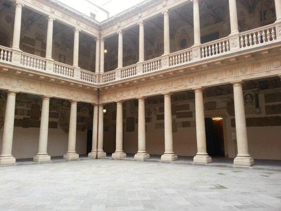 Université de Padoue : corte interna